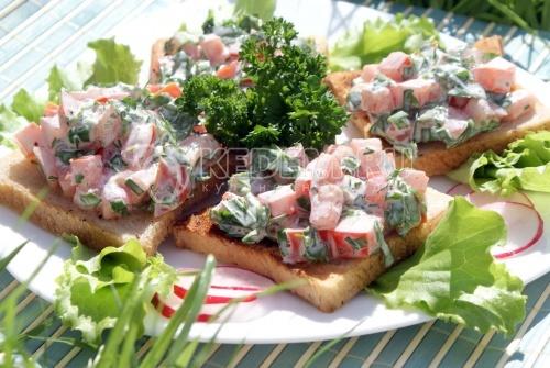Бутерброды с помидорами - рецепт