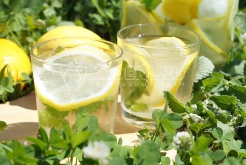 Домашний лимонад с лимоном и мятой - рецепт