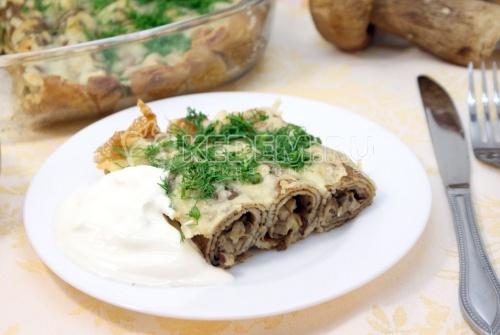 Фаршированные блины с сыром и грибами - рецепт
