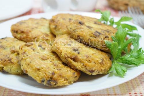Картофельные драники с грибами и сыром - рецепт
