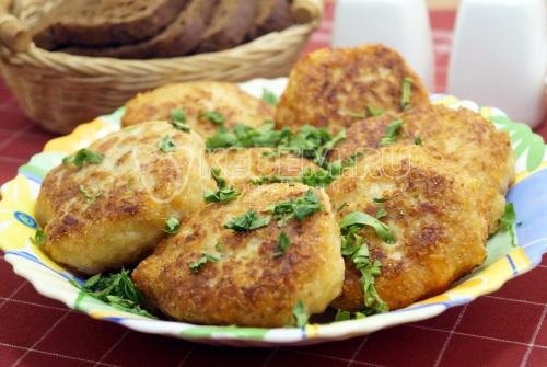 Котлеты из куриного фарша с сыром