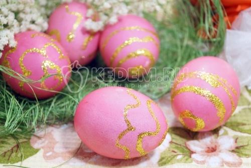 Крашеные яйца Золотые узоры