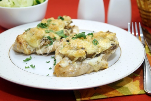 Куриное филе с грибами «Таисия» - рецепт