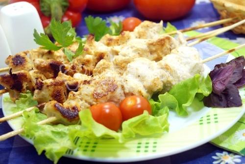 Куриные шашлычки на шпажках в духовке - рецепт