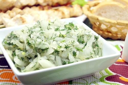 Маринованный лук к шашлыку - рецепт