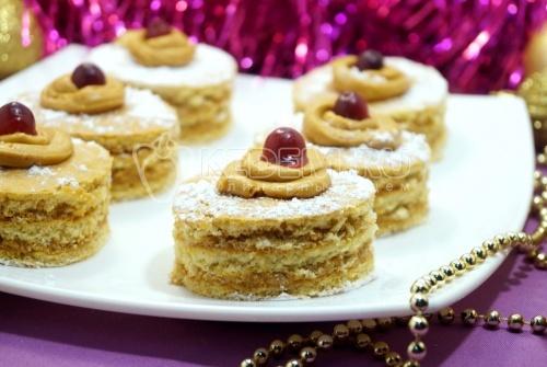 Мини тортики Медовые сласти