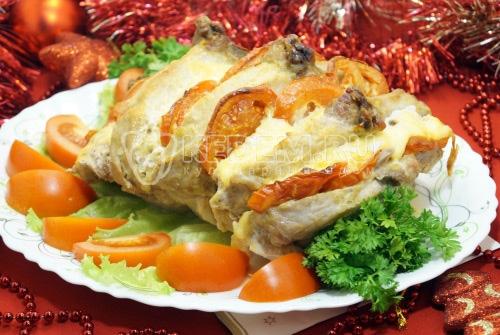 Мясо с помидорами и сыром Новый год