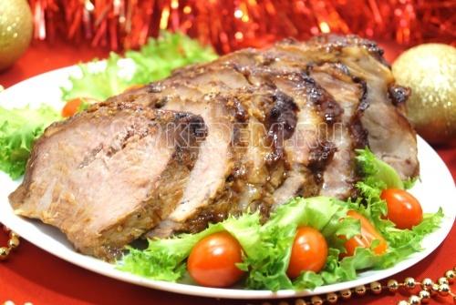 Мясо в духовке «Новогодний пир»  - рецепт