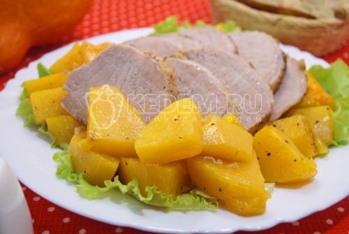 Мясо запеченное с тыквой - рецепт