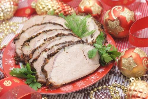 Мясо запеченное в духовке в пряностях - рецепт