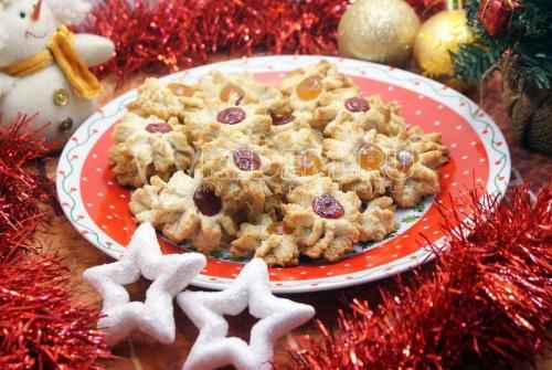 Новогоднее ореховое курабье