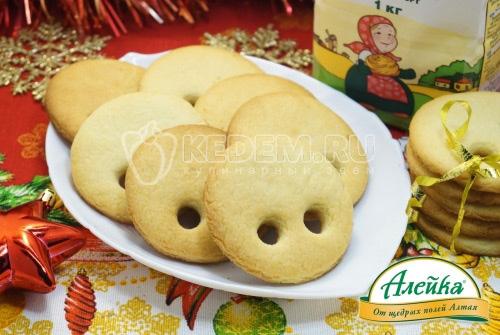 Новогоднее печенье Пятачки