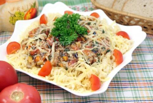 Овощи с макаронами и сыром