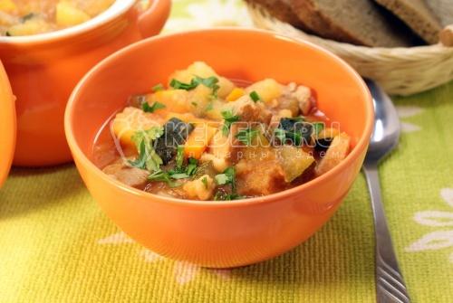 Овощное рагу с кабачками цукини
