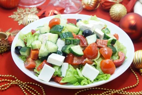 Овощной салат с сыром Огни фейерверка
