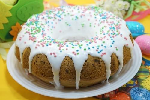 Пасхальный кекс с изюмом