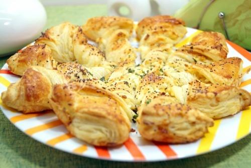 Пирог Завитушка с сыром и зеленью