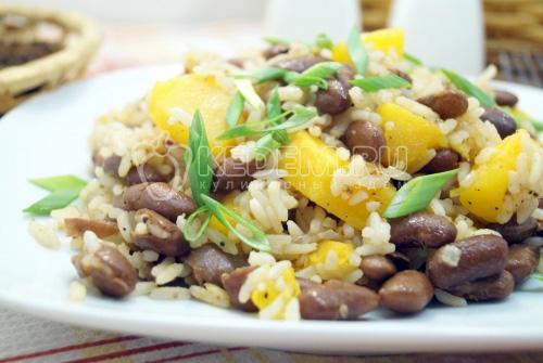 Постный плов с тыквой и фасолью - рецепт