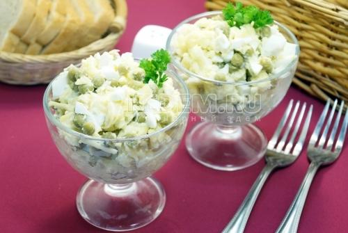 Простой салат с горошком Жемчужина