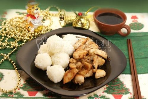Рисовые снежки с курицей