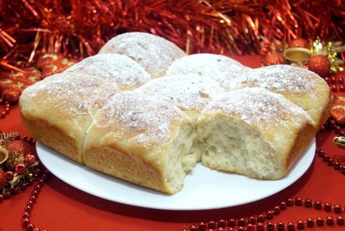 Рождественские булочки с корицей