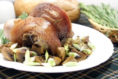 Рулька свиная, запеченная в духовке - рецепт