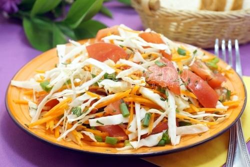 Салат из свежей капусты «Наоми» - рецепт
