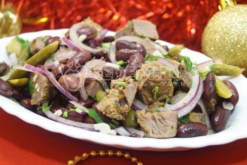 Салат из телятины с красной фасолью