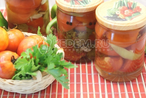 Салат на зиму из помидор - рецепт