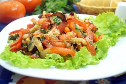 Салат с баклажанами Летний восторг