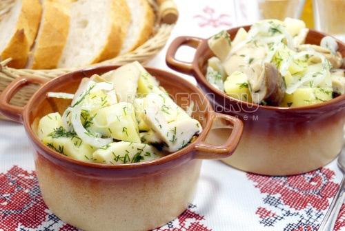 Салат с белыми грибами Боровичок