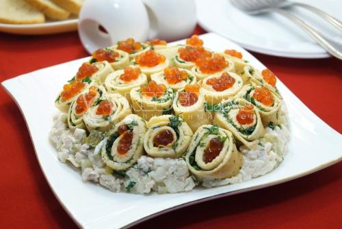 Салат с блинами Широкая Масленица