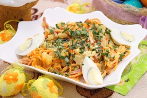 Салат с корейской морковью «Остренький» - рецепт