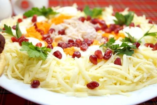 Салат с курицей «Алматинский»