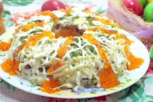 Салат с курицей Пасхальный