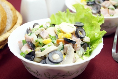 Салат с маринованными грибами Венгерка