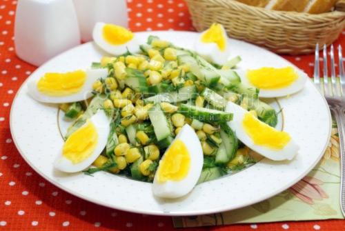 Салат с огурцом и яйцом Арина
