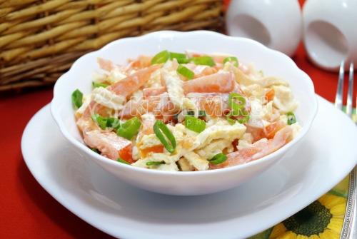 Салат с помидорами и сыром Дина