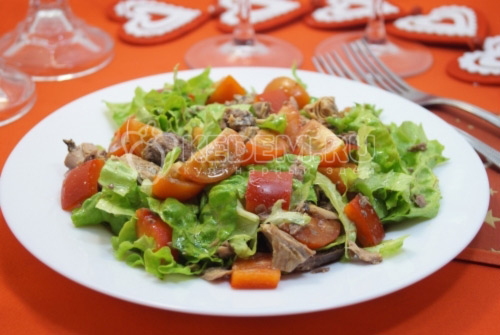 Салат с тунцом Венеция
