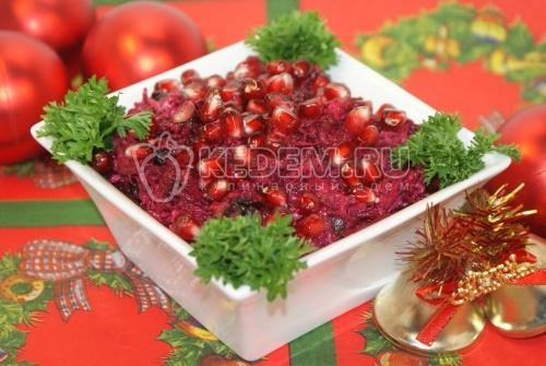 Салат со свёклой К Празднику