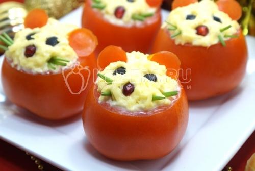 Закуска из помидор с сыром Мышки