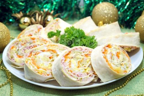 Закуска «Оливье-рулет» - рецепт