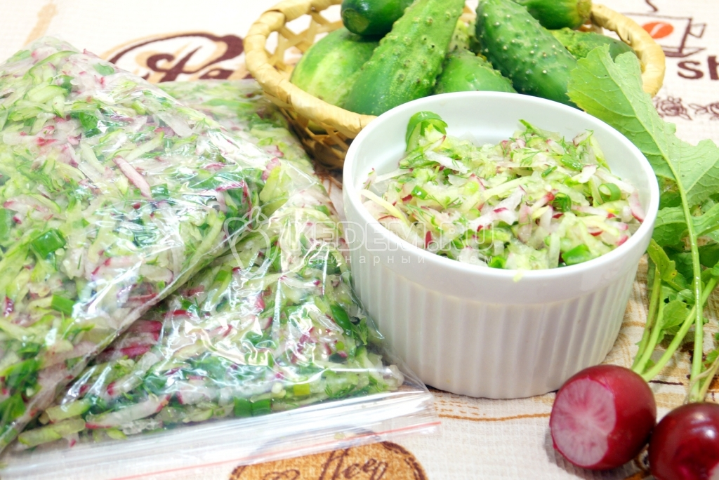 Салат с курицей и омлетом - Пошаговый рецепт с фото Салаты 97