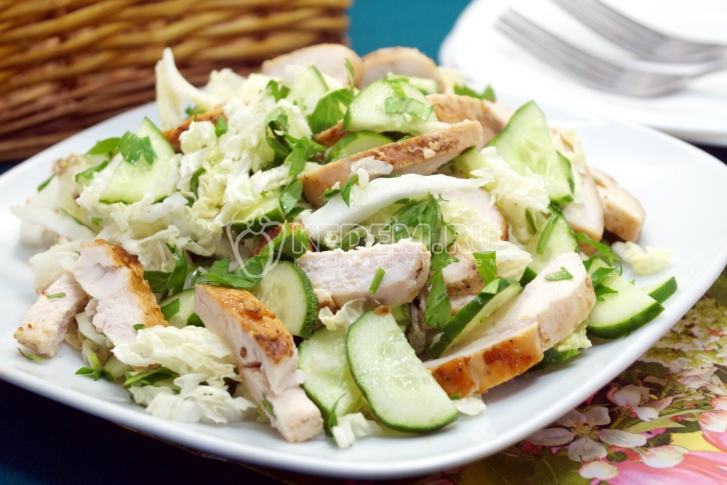 Салат рецепт курица с пекинской капустой