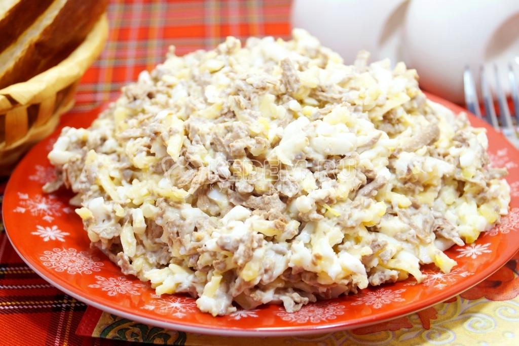 печень яйца салат рецепт с фото