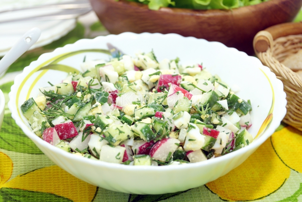 Салат с яйцом и редькой рецепт с