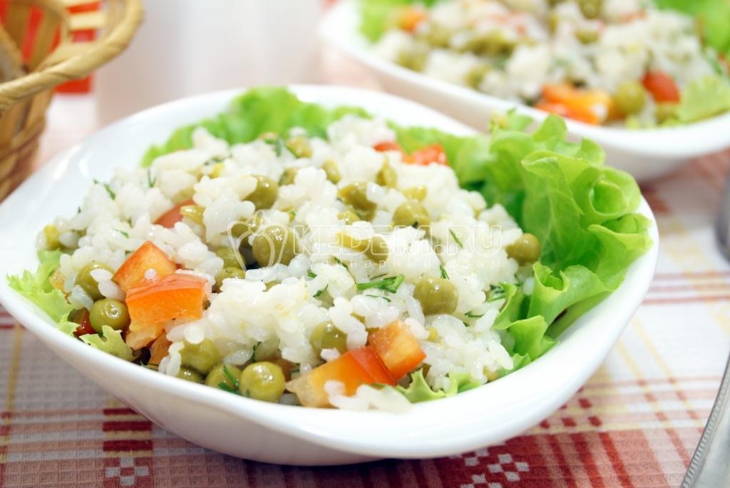 Салат с рисом томатной пастой
