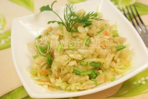 Рецепт Салат с редькой и квашеной капустой