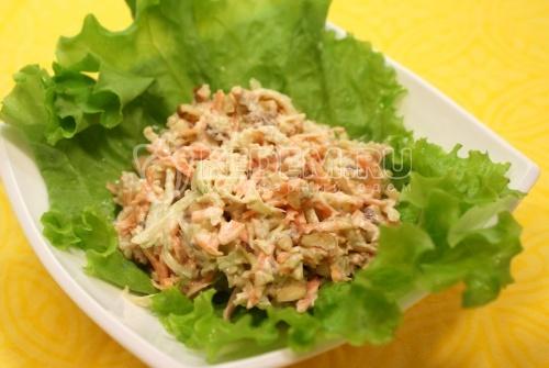 Рецепт Салат с редькой и грецкими орехами
