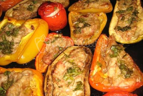 Рецепт Фаршированные овощи, запеченные в духовке